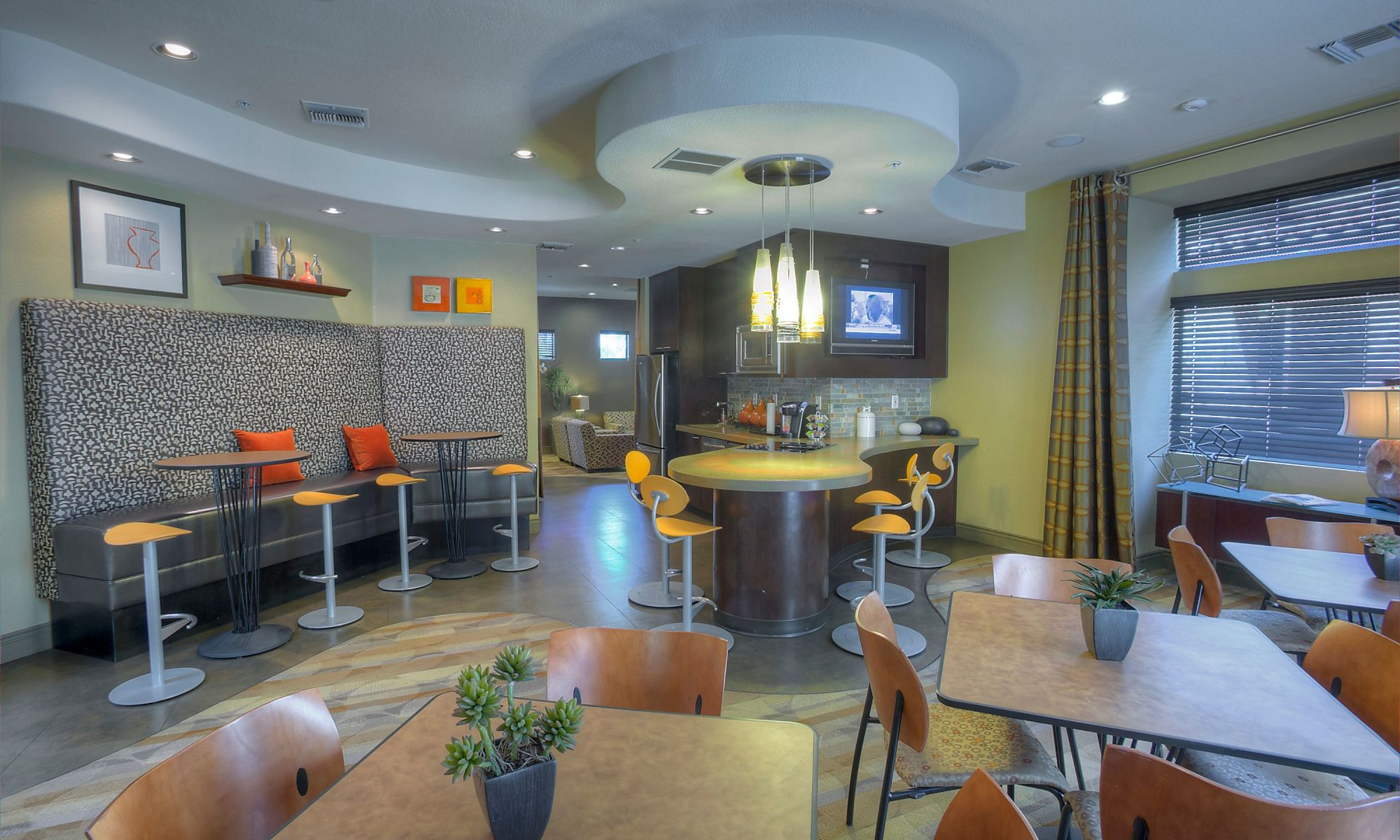 The Regents at Scottsdale apartments in Scottsdale, Arizona