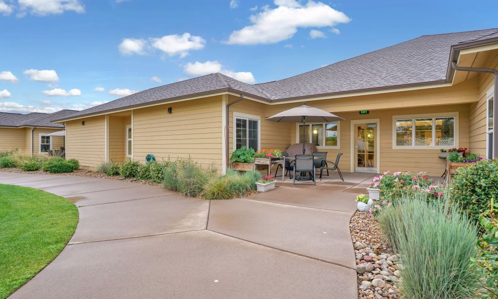 Residence patio at Seven Lakes Memory Care in Loveland, Colorado