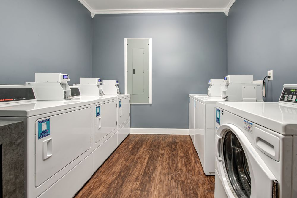 Onsite laundry facility at Renaissance St. Andrews in Louisville, Kentucky