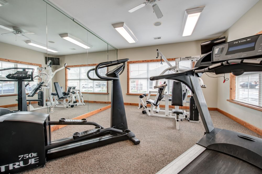 Well-equipped fitness center at Renaissance St. Andrews in Louisville, Kentucky