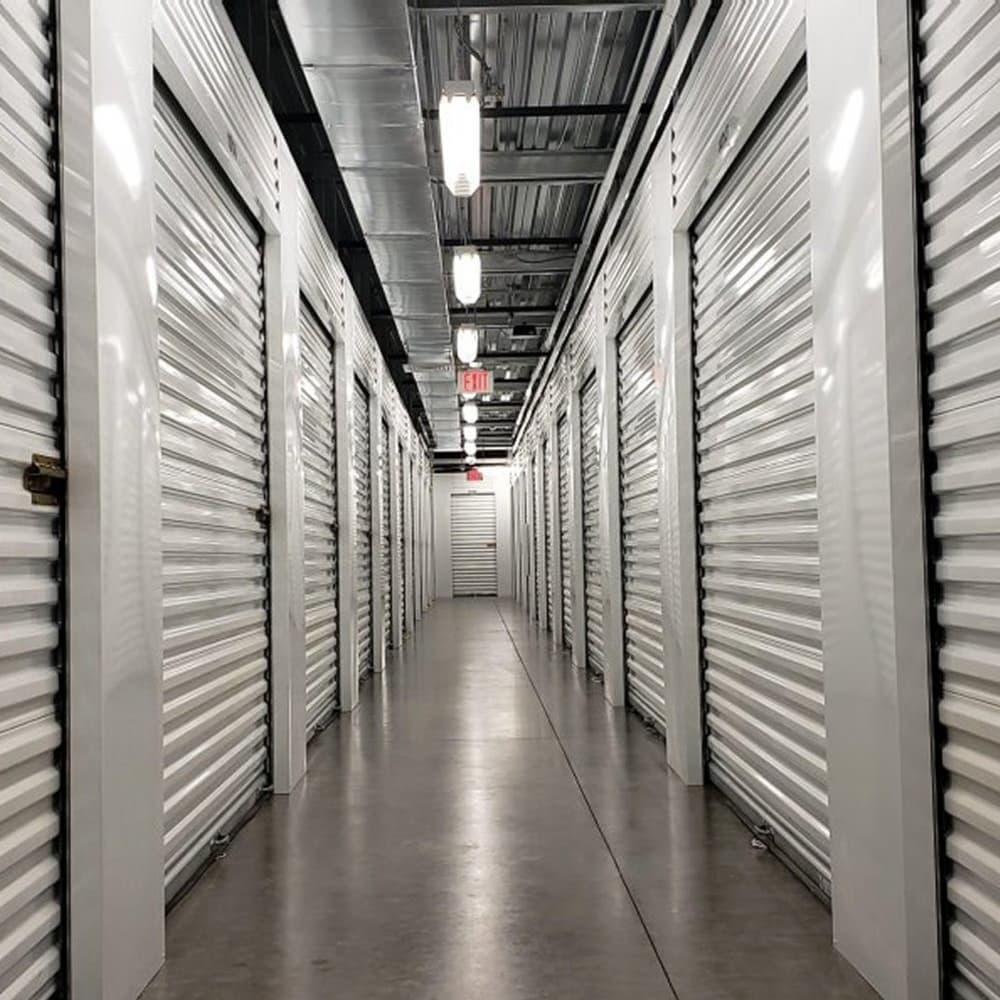Couple unpackaging at Advantage Storage - Anthem in Anthem, AZ