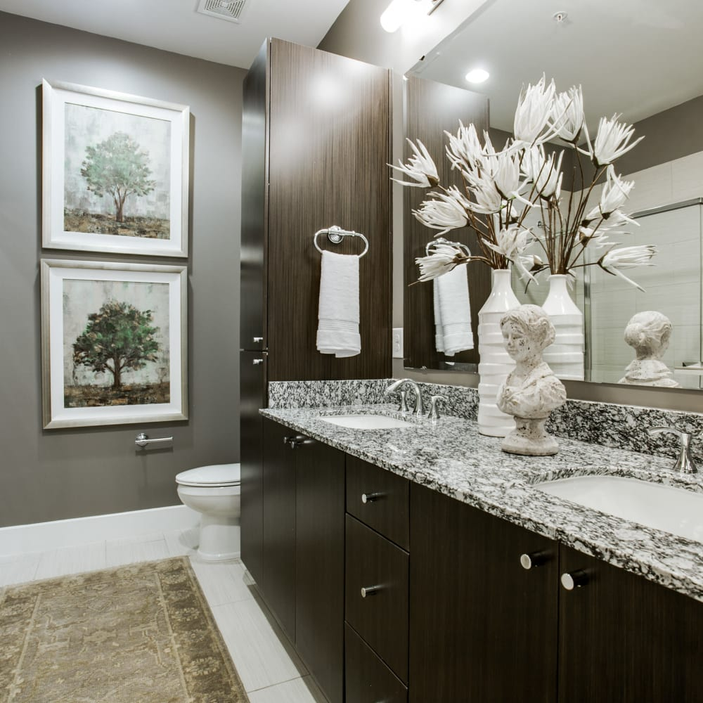 Stunning, spacious bathroom at Cantabria at Turtle Creek in Dallas, Texas