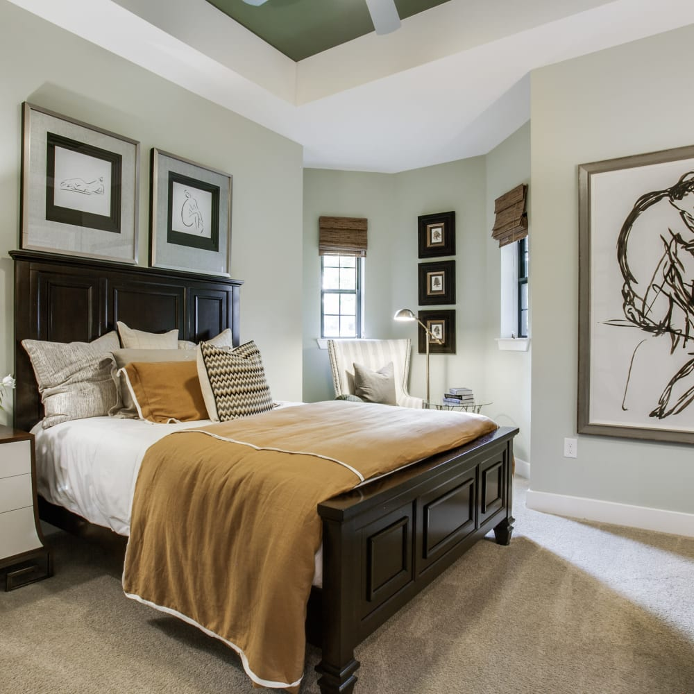 Large master bedroom at Cantabria at Turtle Creek in Dallas, Texas
