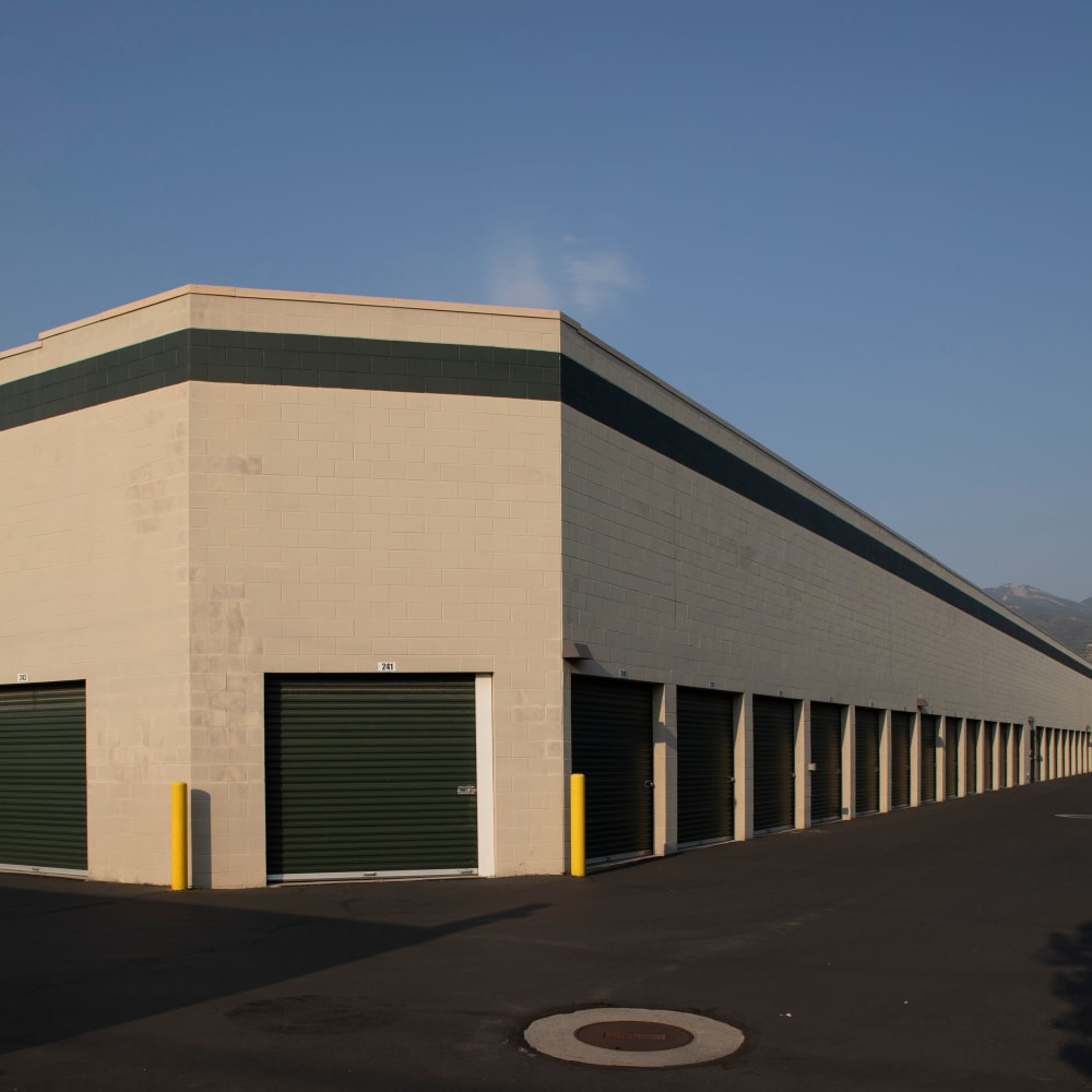 Building with storage units at Cubes Self Storage in Bountiful, Utah