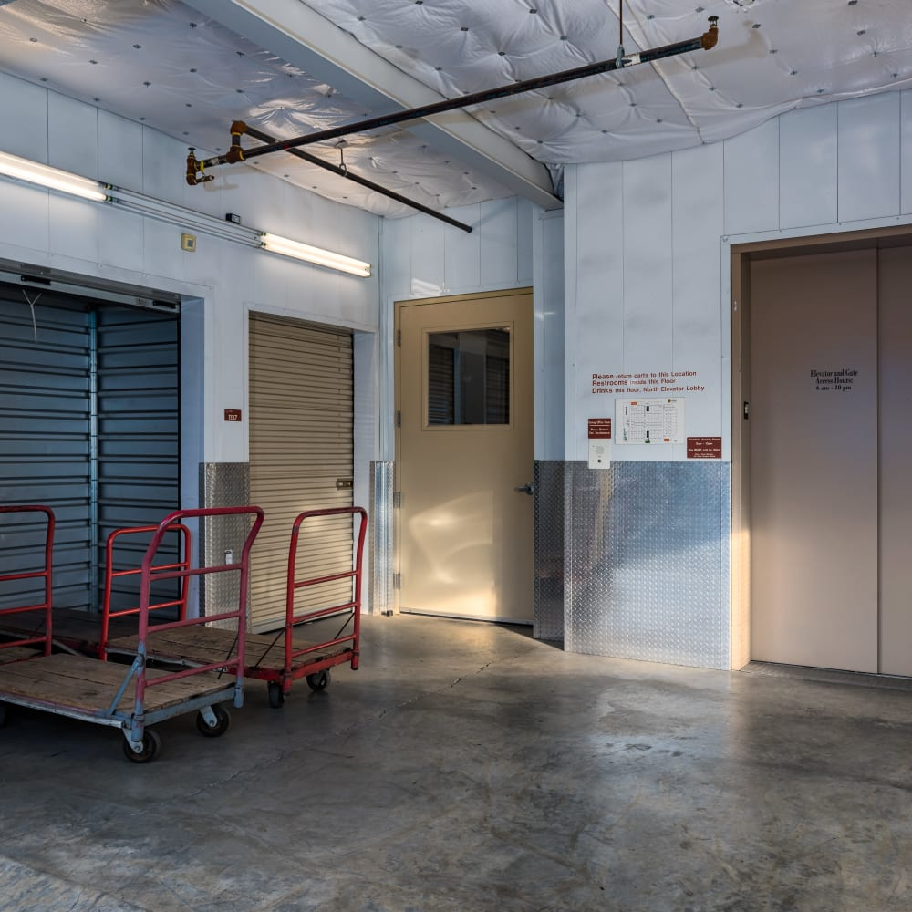 Covered loading area at Cubes Self Storage in Cottonwood Heights, Utah