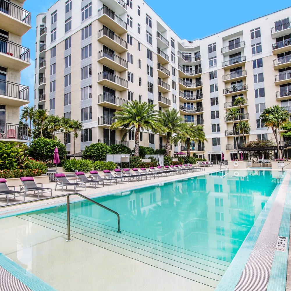 Large resort-style swimming pool at Midtown 24 in Plantation, Florida