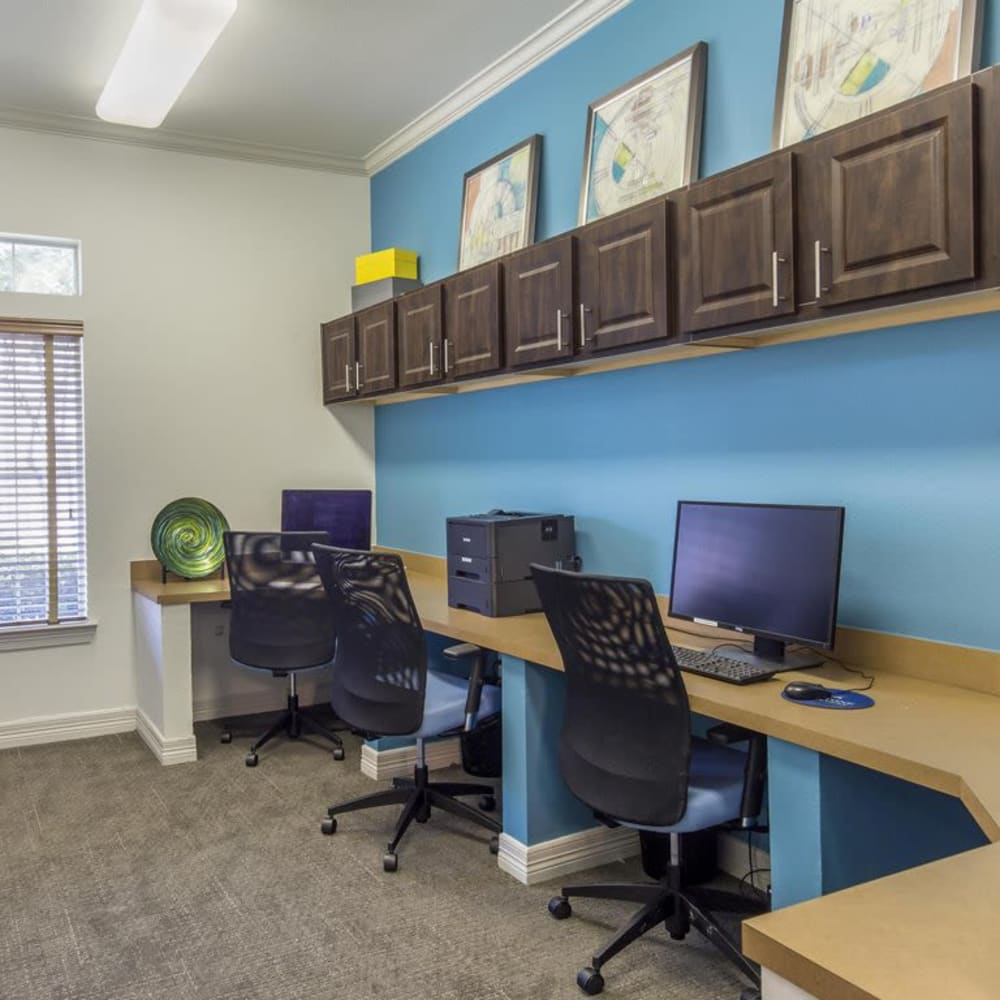 Resident business center with computers for resident use at Ranch at Hudson Xing in McKinney, Texas
