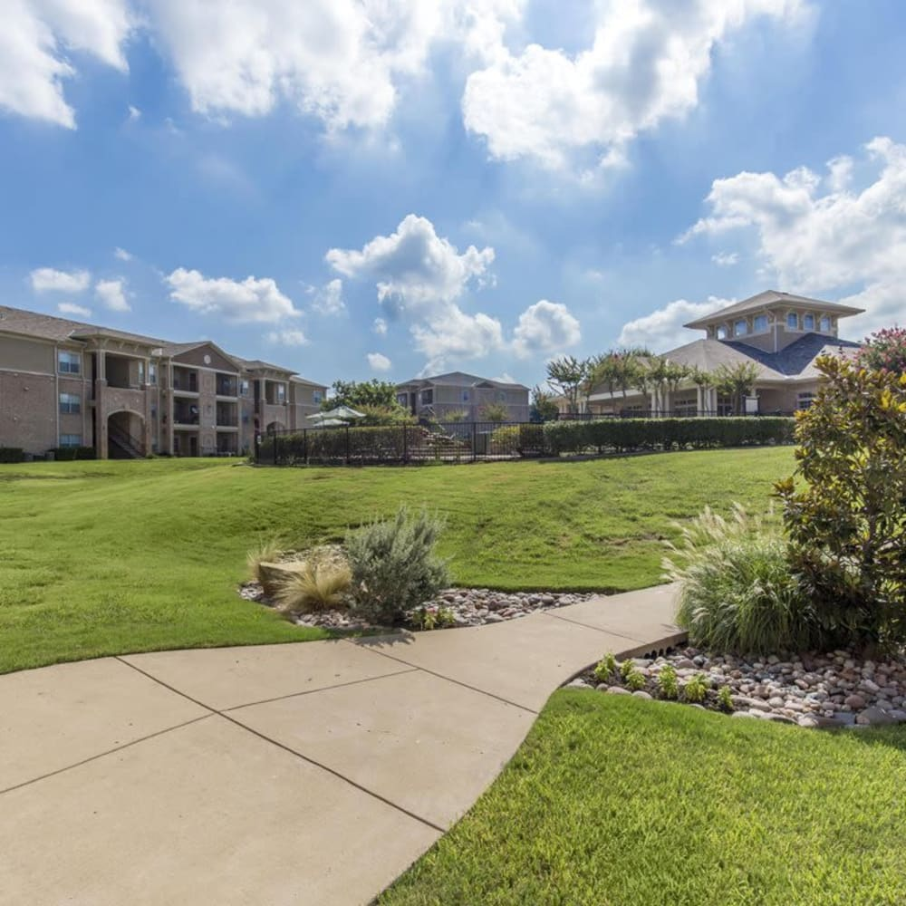 Large grass lawn for entertaining guests at Ranch at Hudson Xing in McKinney, Texas