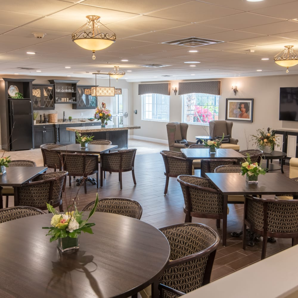 Learn about our dining program at Inspired Living in Bonita Springs, Florida