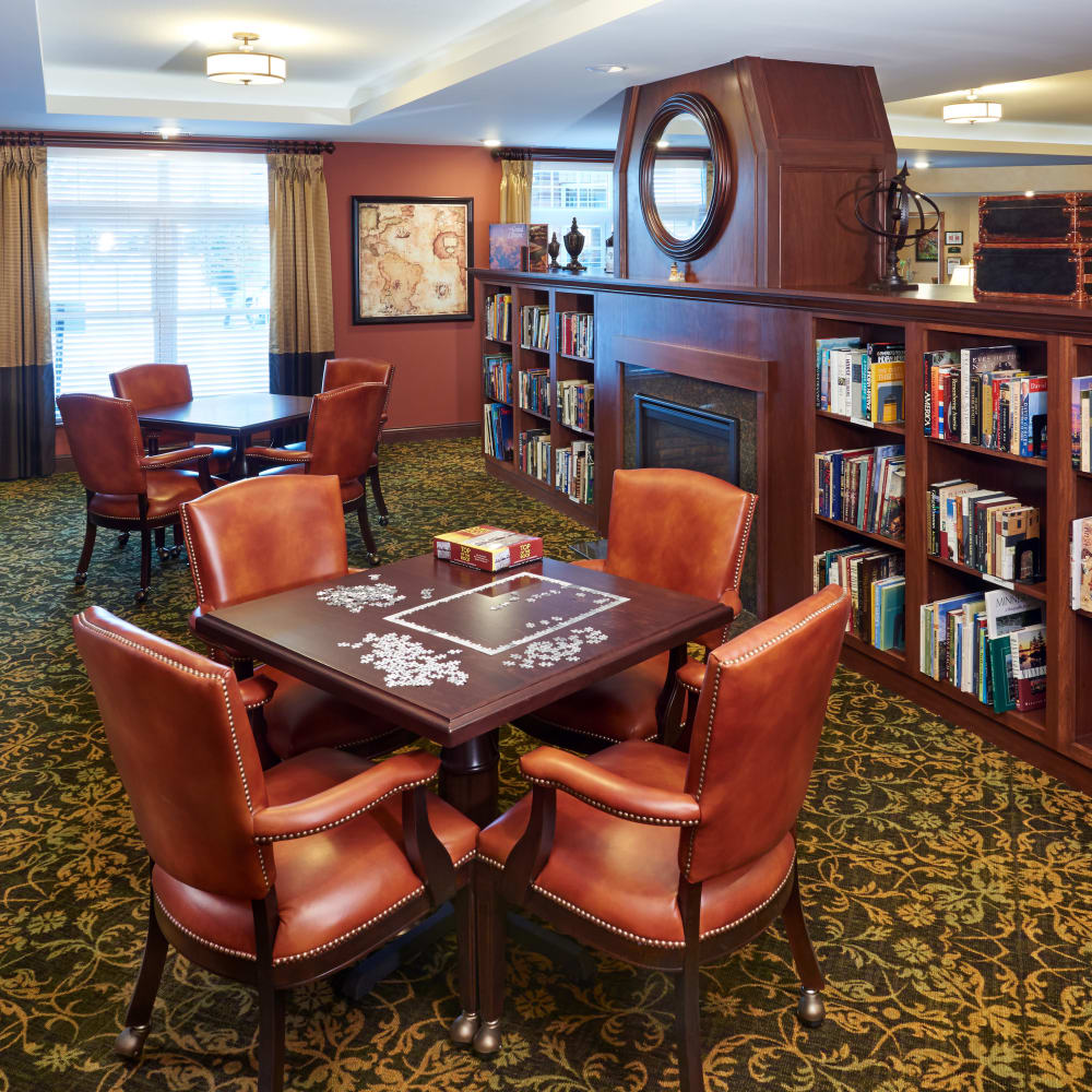 Resident library at Applewood Pointe of Shoreview in Shoreview, Minnesota.