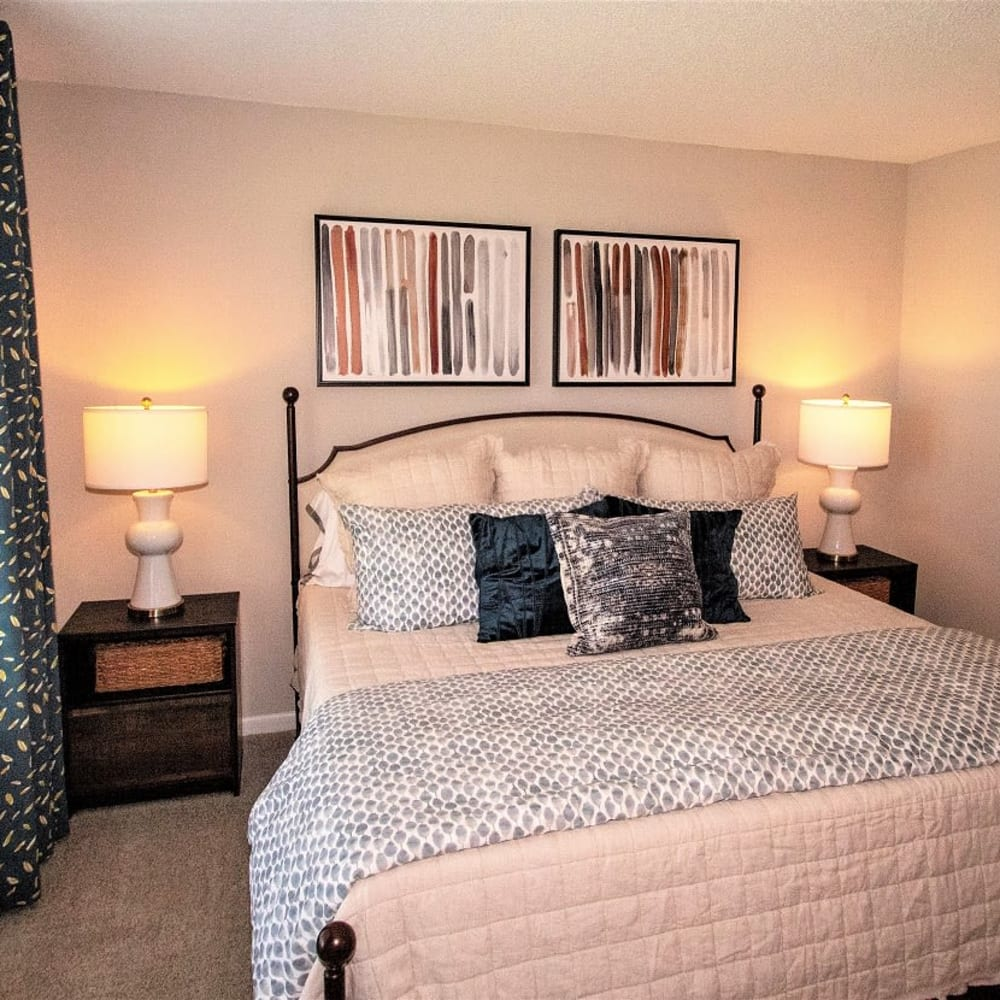 A model bedroom at Onyx Winter Park in Casselberry, FL