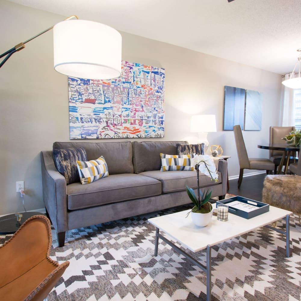 An apartment living room at Fairways at Feather Sound in Clearwater, FL