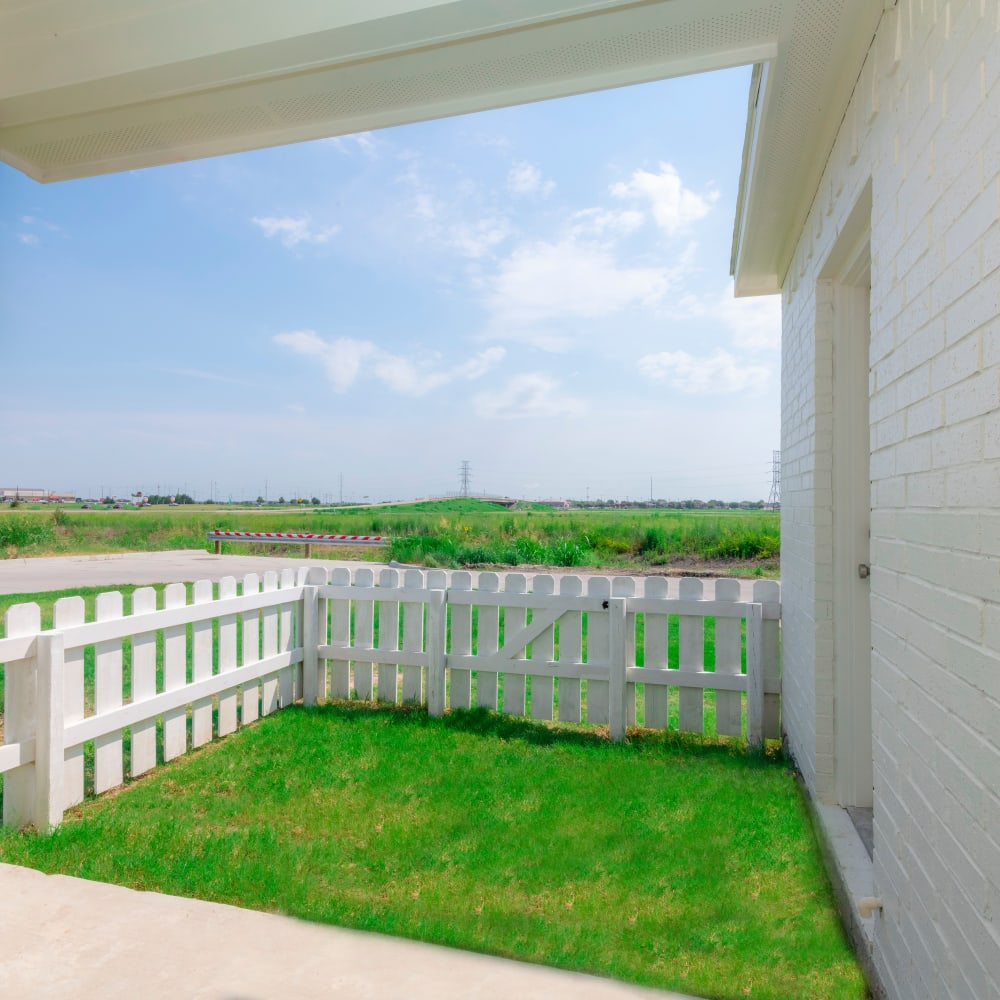 Beautiful landscaping at The Townhomes at BlueBonnet Trails in Waxahachie, Texas