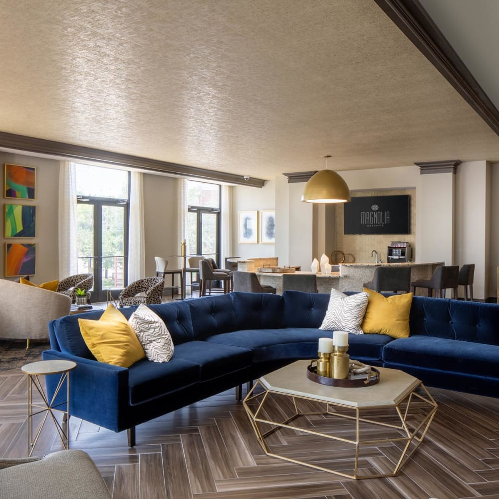 Lavishly furnished resident clubhouse lounge at Magnolia Heights in San Antonio, Texas