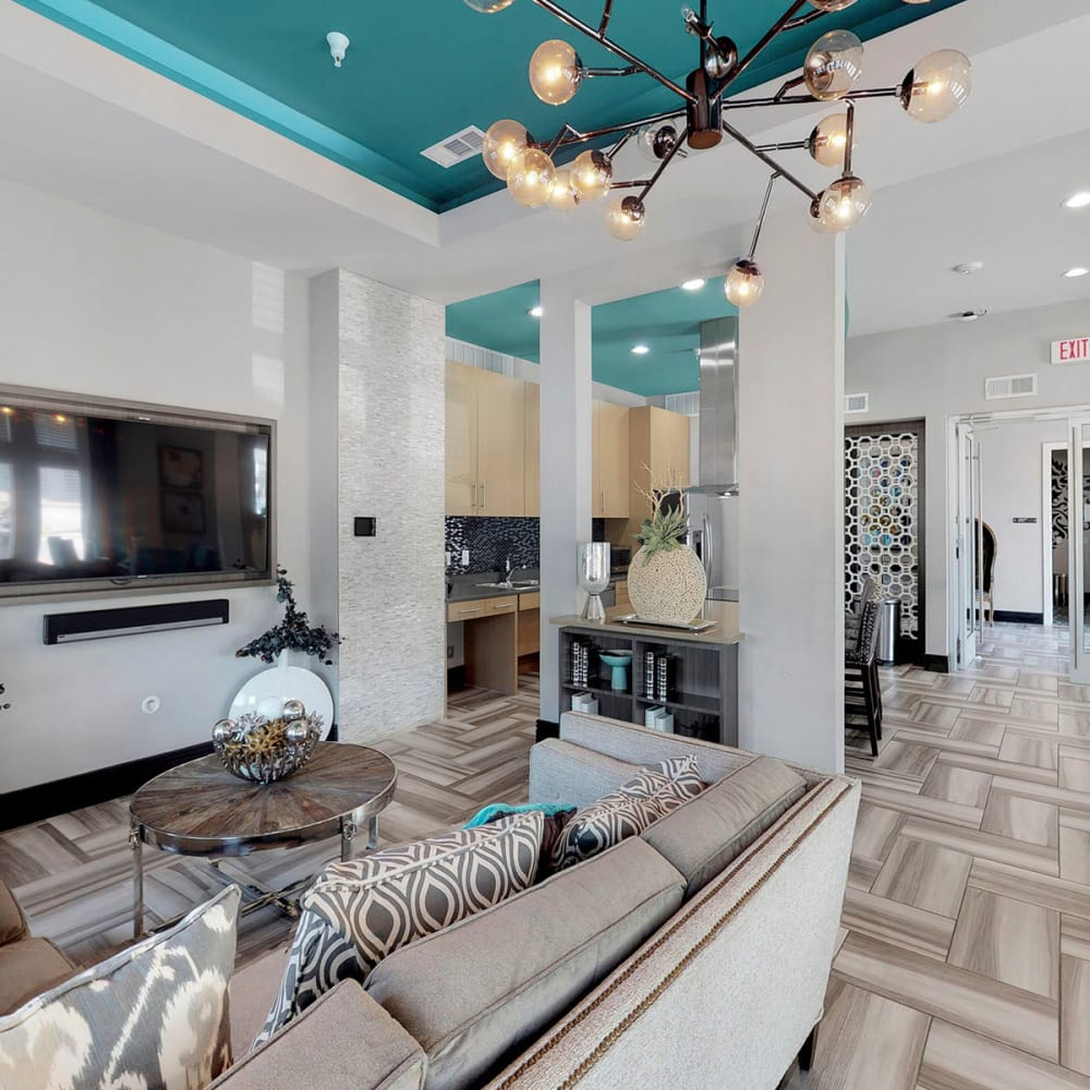 Luxuriously furnished lobby interior at Oaks 5th Street Crossing City Center in Garland, Texas