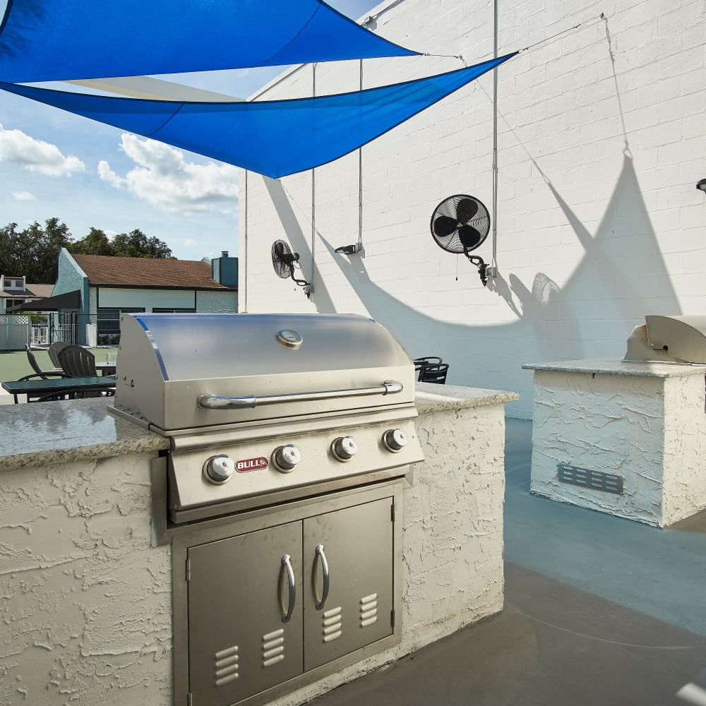 An outdoor BBQ station at Westwood @60 in Brandon, Florida