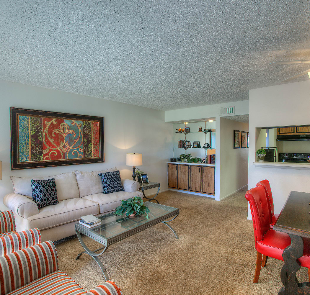 Beautiful apartment features await at Verona Park Apartments in Mesa