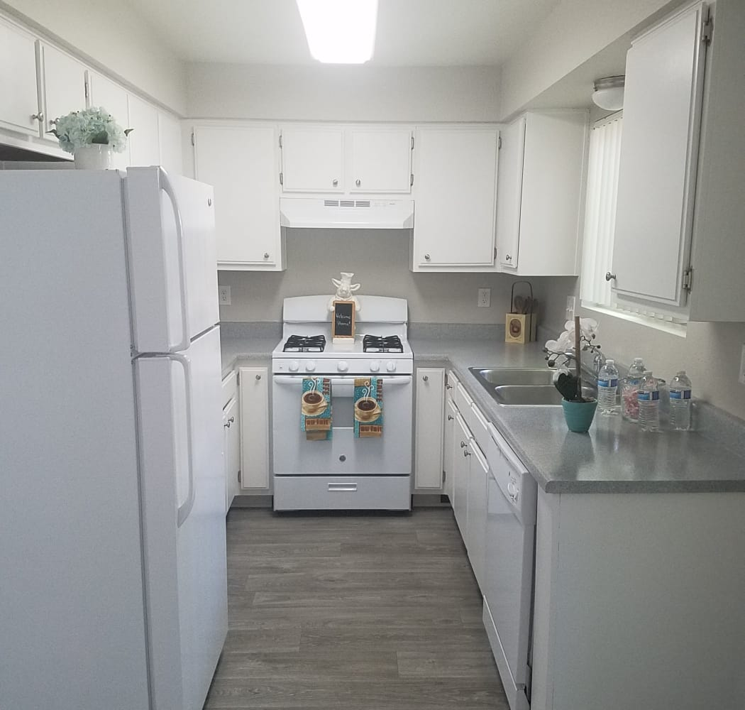 Gorgeous kitchen at Sienna Heights Apartment Homes in Lancaster, California