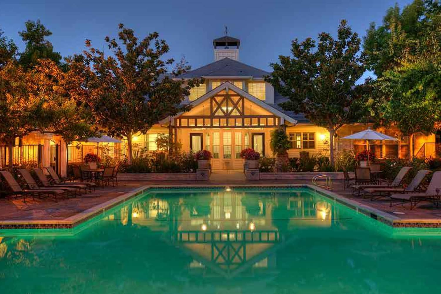 Pool at night at Nantucket Apartments in Santa Clara, California