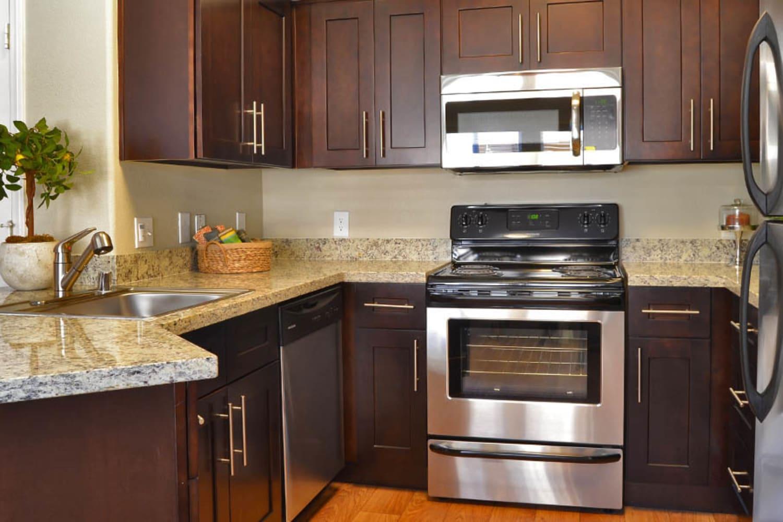 2150 Arizona Ave South in Chandler, Arizona, offers modern kitchens