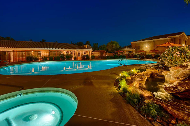 Swimming pool and hot tub at 2150 Arizona Ave South in Chandler, Arizona