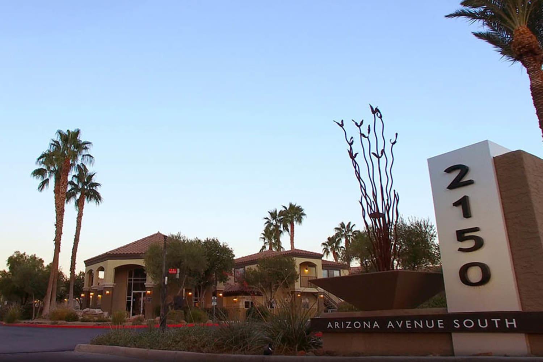 Street sign at 2150 Arizona Ave South in Chandler, Arizona