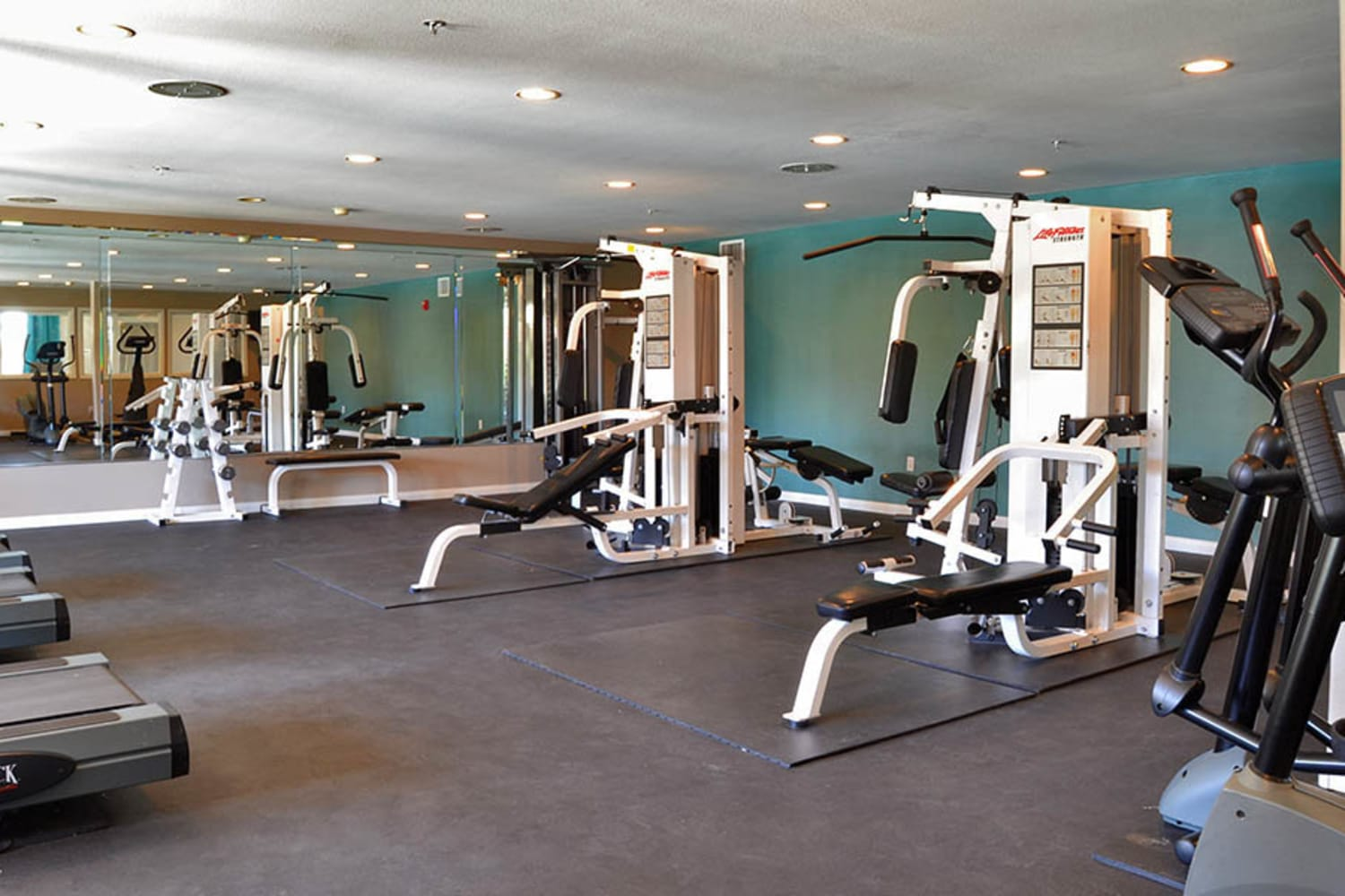 Fitness center at 2150 Arizona Ave South in Chandler, Arizona