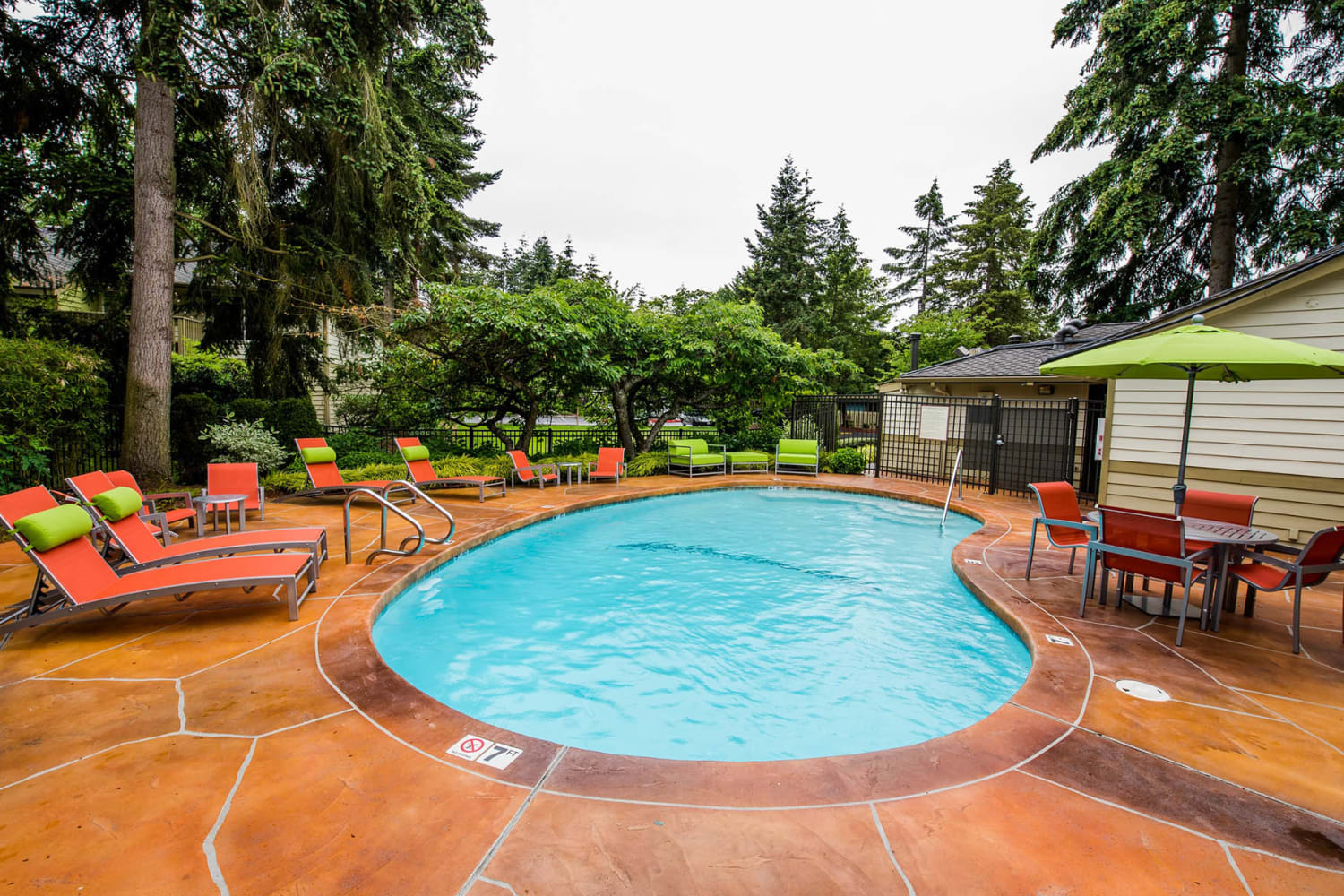 Swimming pool at Edgewood Park Apartments in Bellevue, Washington