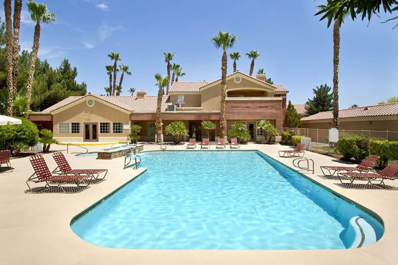 Large swimming pool at 3055 Las Vegas in Las Vegas, Nevada