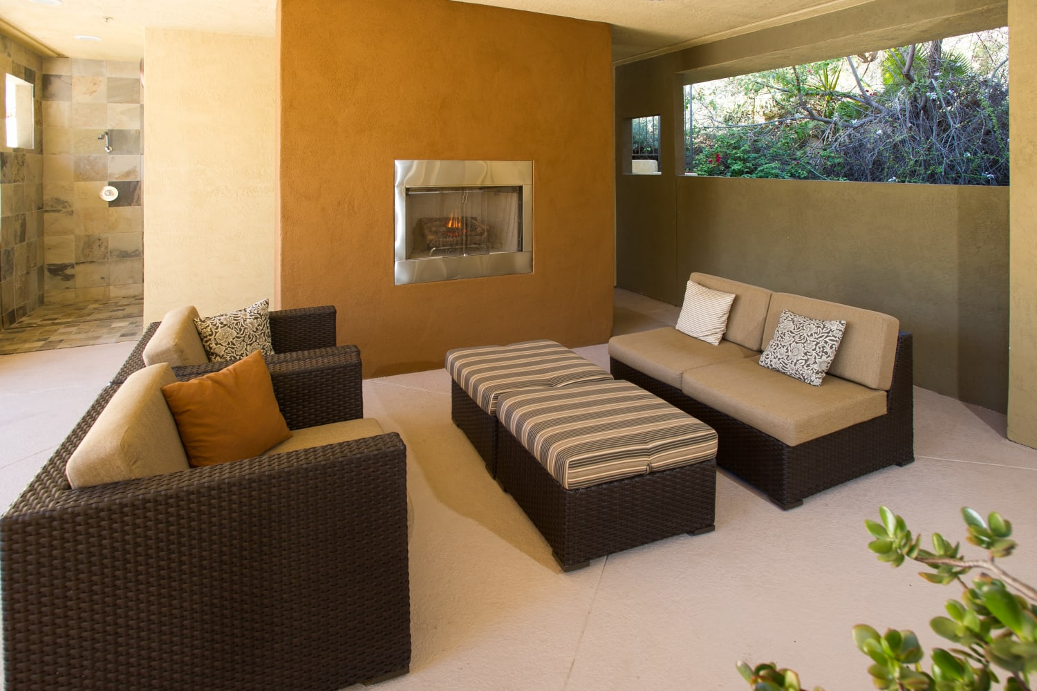 Fashion Terrace in San Diego, California, offers a covered patio