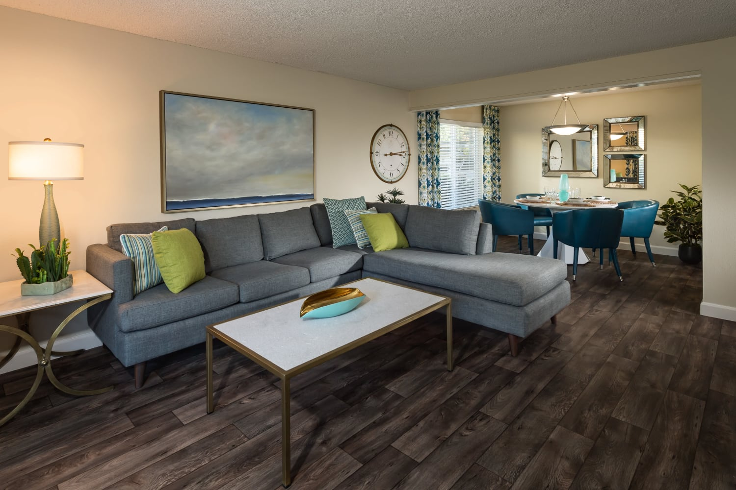 Wonderful floor plans for rent at Edgewood Park Apartments in Bellevue, Washington