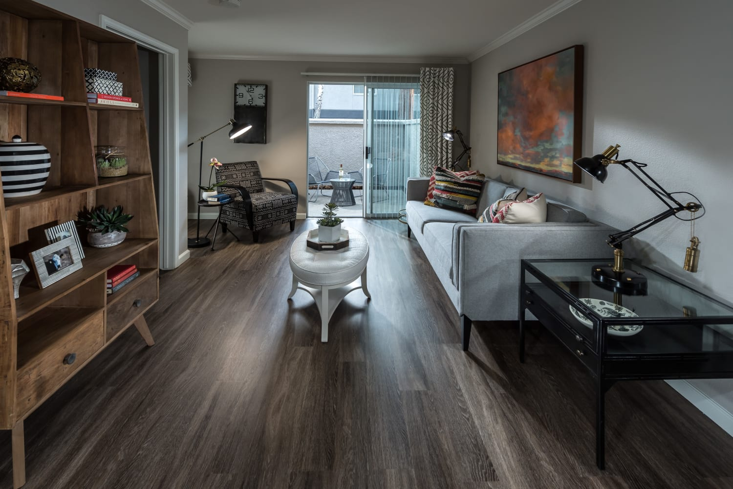 Enjoy modern layouts at Bella Vista Apartments in Santa Clara, California