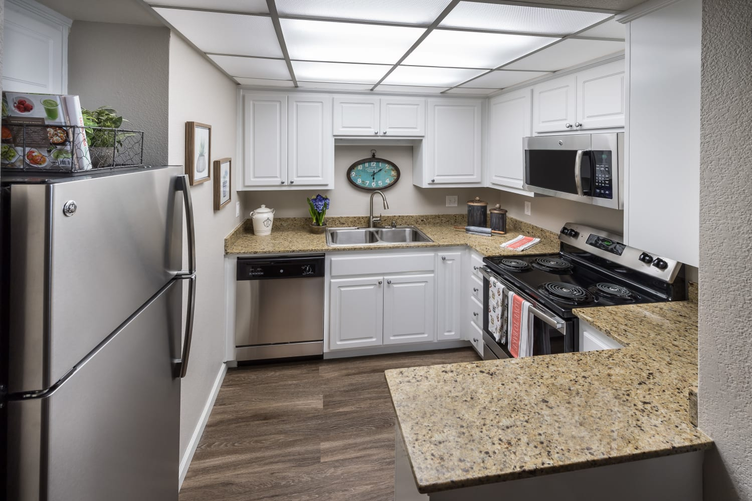 Enjoy an updated kitchen at Bella Vista Apartments in Santa Clara, California