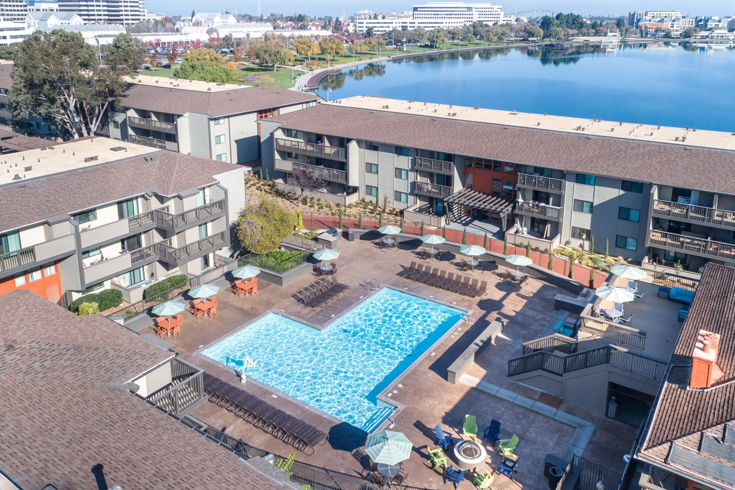 Large swimming pool at Harbor Cove Apartments in Foster City, California