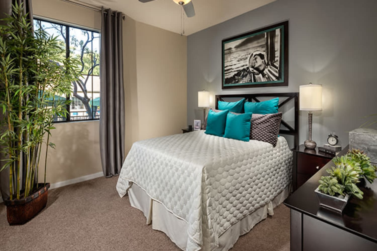 Large bedrooms with ceiling fans at Links at Westridge in Valencia, California