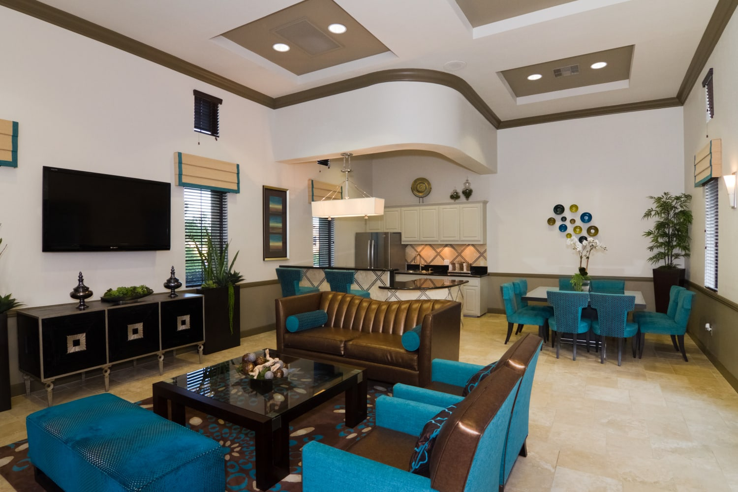 Enjoy a large and inviting clubhouse at Links at Westridge in Valencia, California