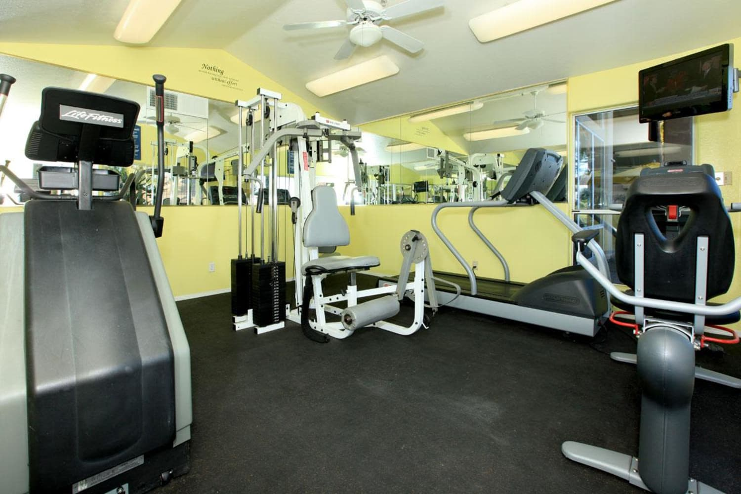 Onsite gym at Alcove at the Islands in Gilbert, Arizona
