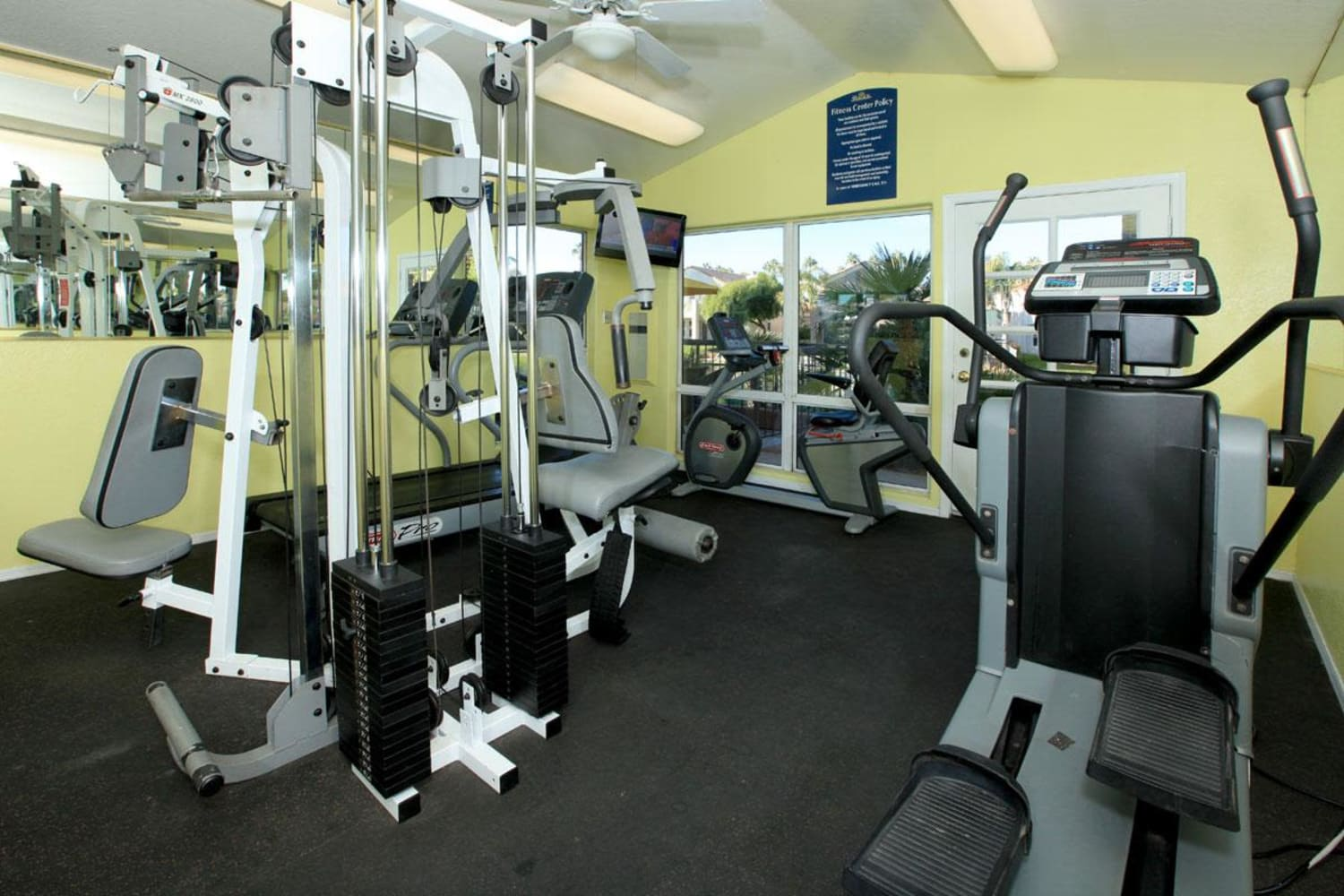 Fully equipped fitness center at Alcove at the Islands in Gilbert, Arizona