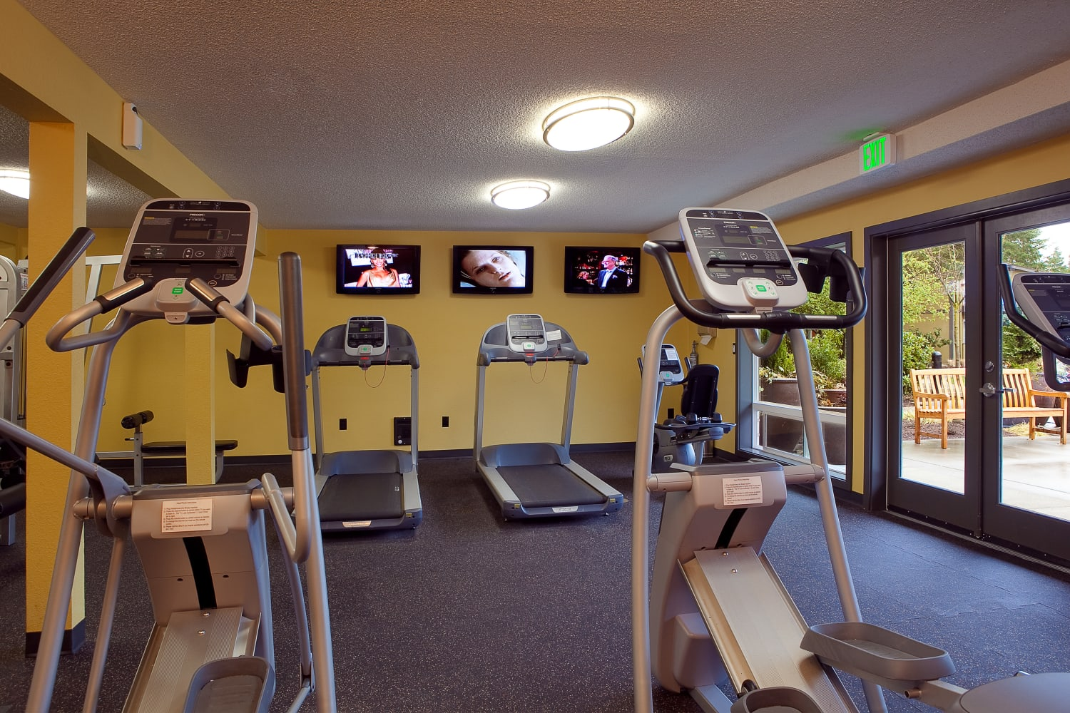 Gym at Edgewood Park Apartments in Bellevue, Washington
