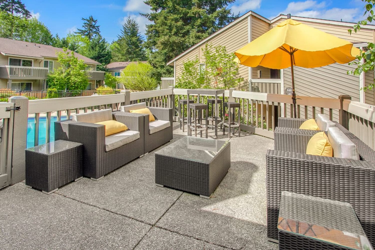 Casual sundeck at The VUE in Kirkland, Washington