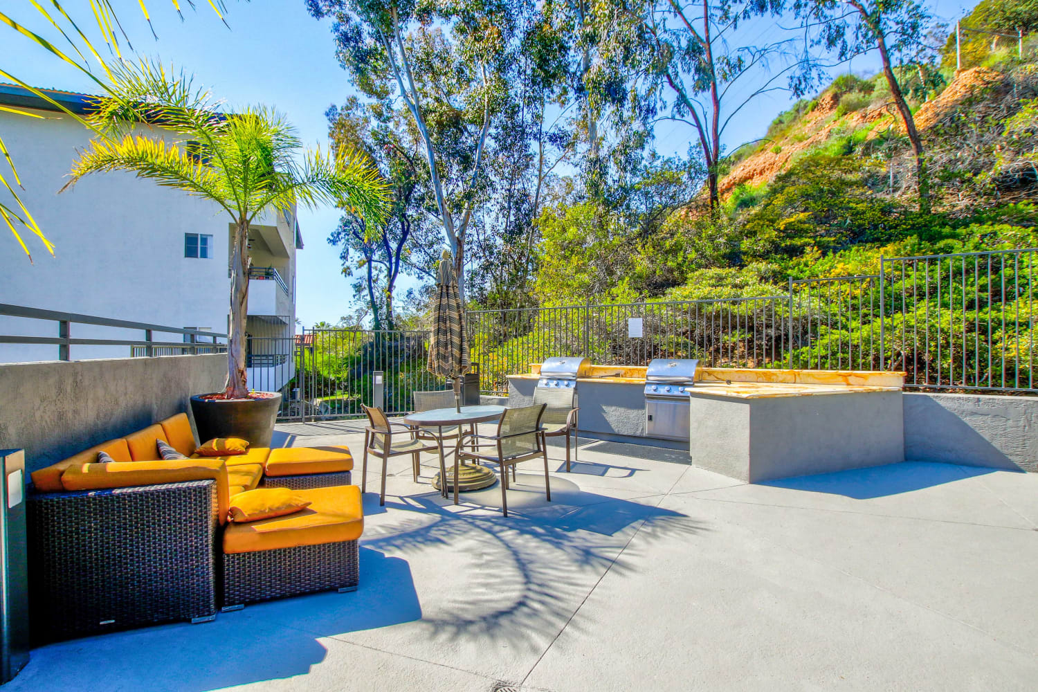 Enjoy a picnic and barbecue area at Fashion Terrace in San Diego, California