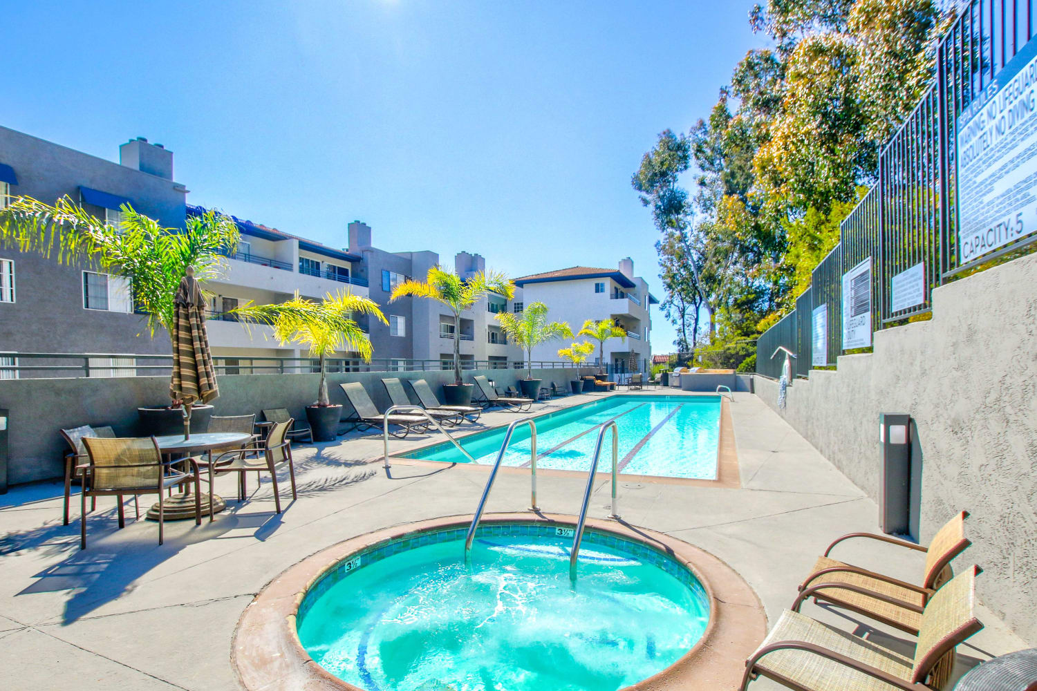 Enjoy access to a swimming pool and a hot tub at Fashion Terrace in San Diego, California