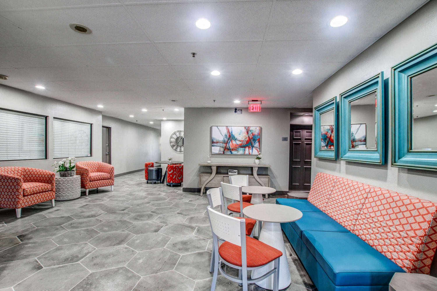 Enjoy ample seating in the clubhouse at Fashion Terrace in San Diego, California