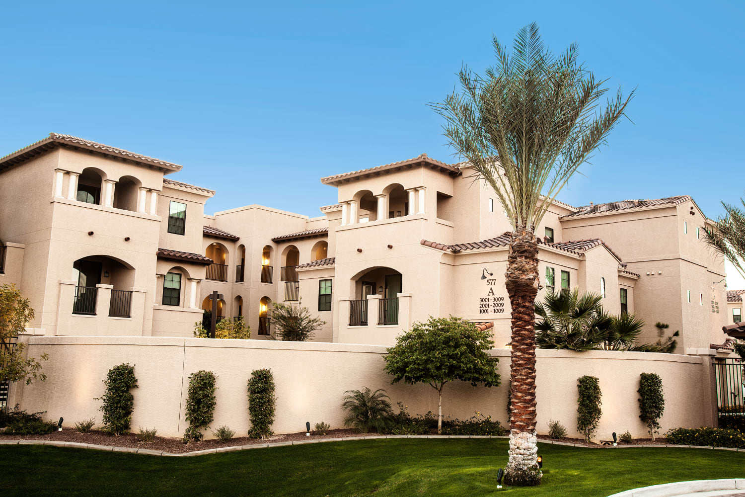 Elegantly designed exteriors at San Marquis in Tempe, Arizona