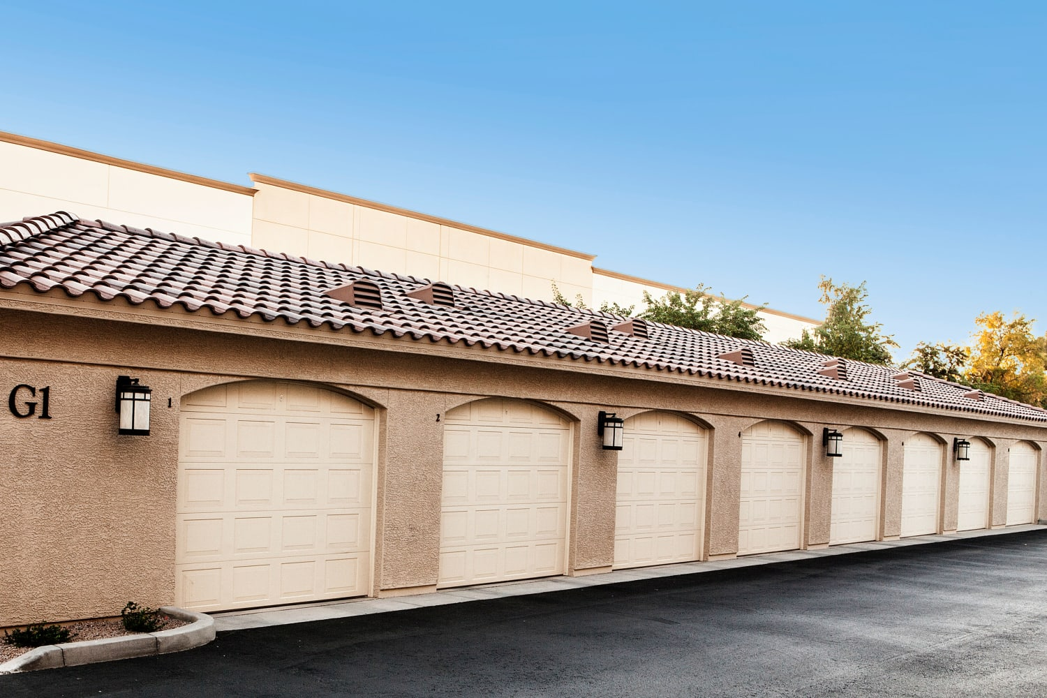 San Marquis in Tempe, Arizona, offers garages for your vehicles
