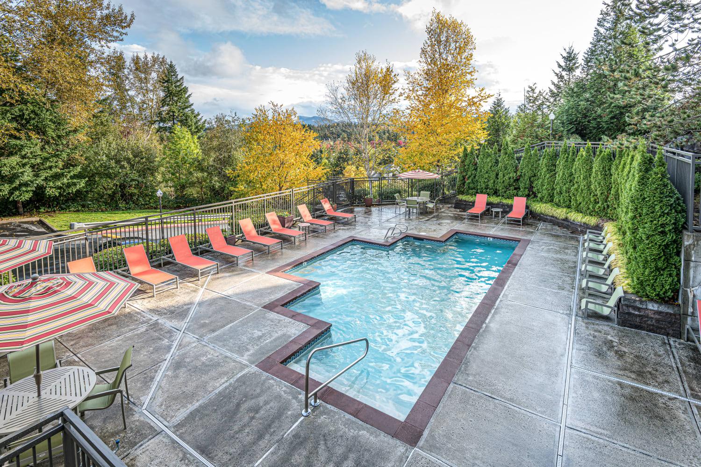 Pool at The Knolls at Inglewood Hill in Sammamish, Washington
