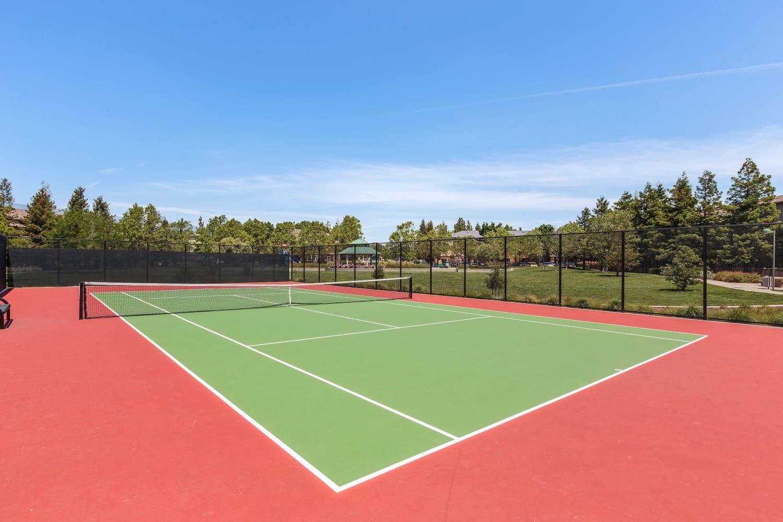 A tennis court at Park Hacienda Apartments in Pleasanton, California