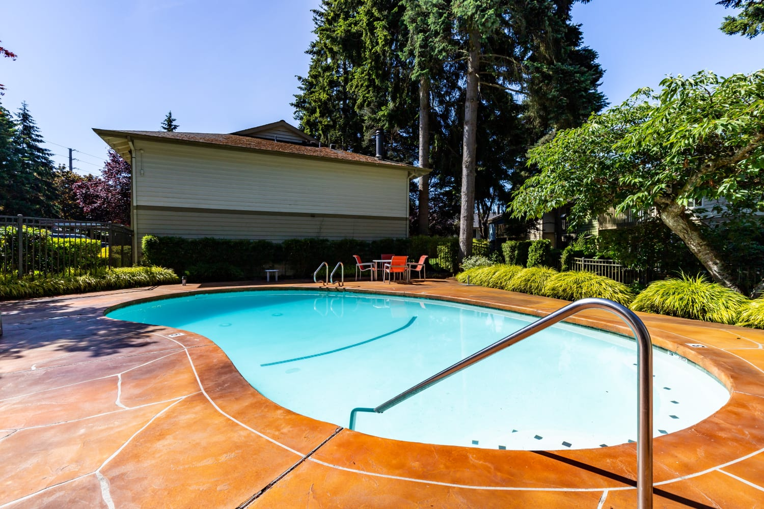 Outdoor community pool at Edgewood Park Apartments in Bellevue, Washington