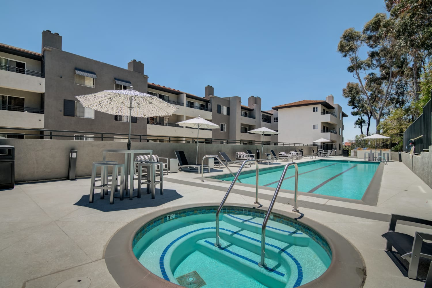 Pool and tub at Fashion Terrace in San Diego, CA