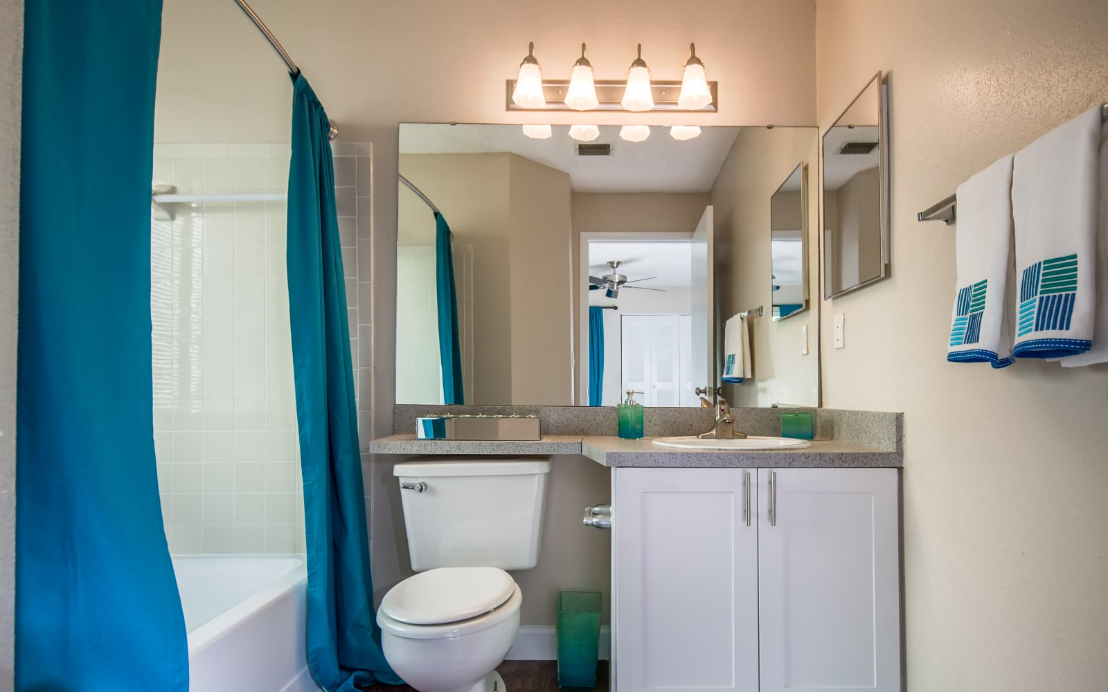Huntington Place apartment bathroom